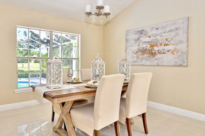 home staging dining room windjammer- I & I Homes